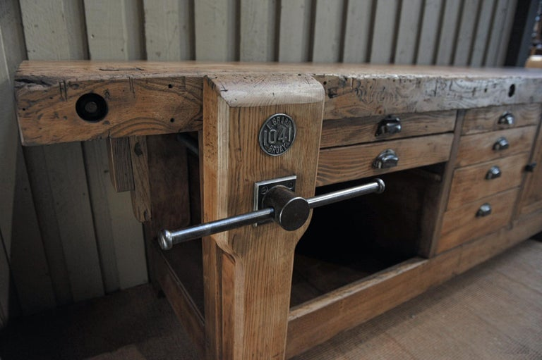 French Large Carpenter Workbench with Vice 6 Drawers and 1 Door, circa 1920 For Sale