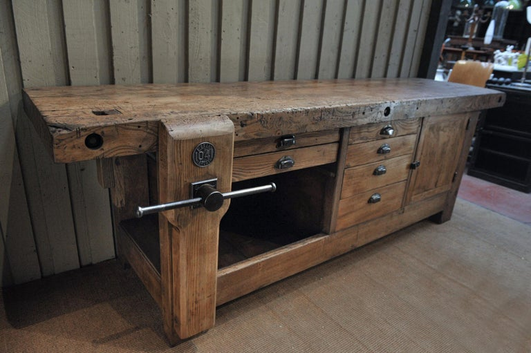 Large Carpenter Workbench with Vice 6 Drawers and 1 Door, circa 1920 For Sale 3