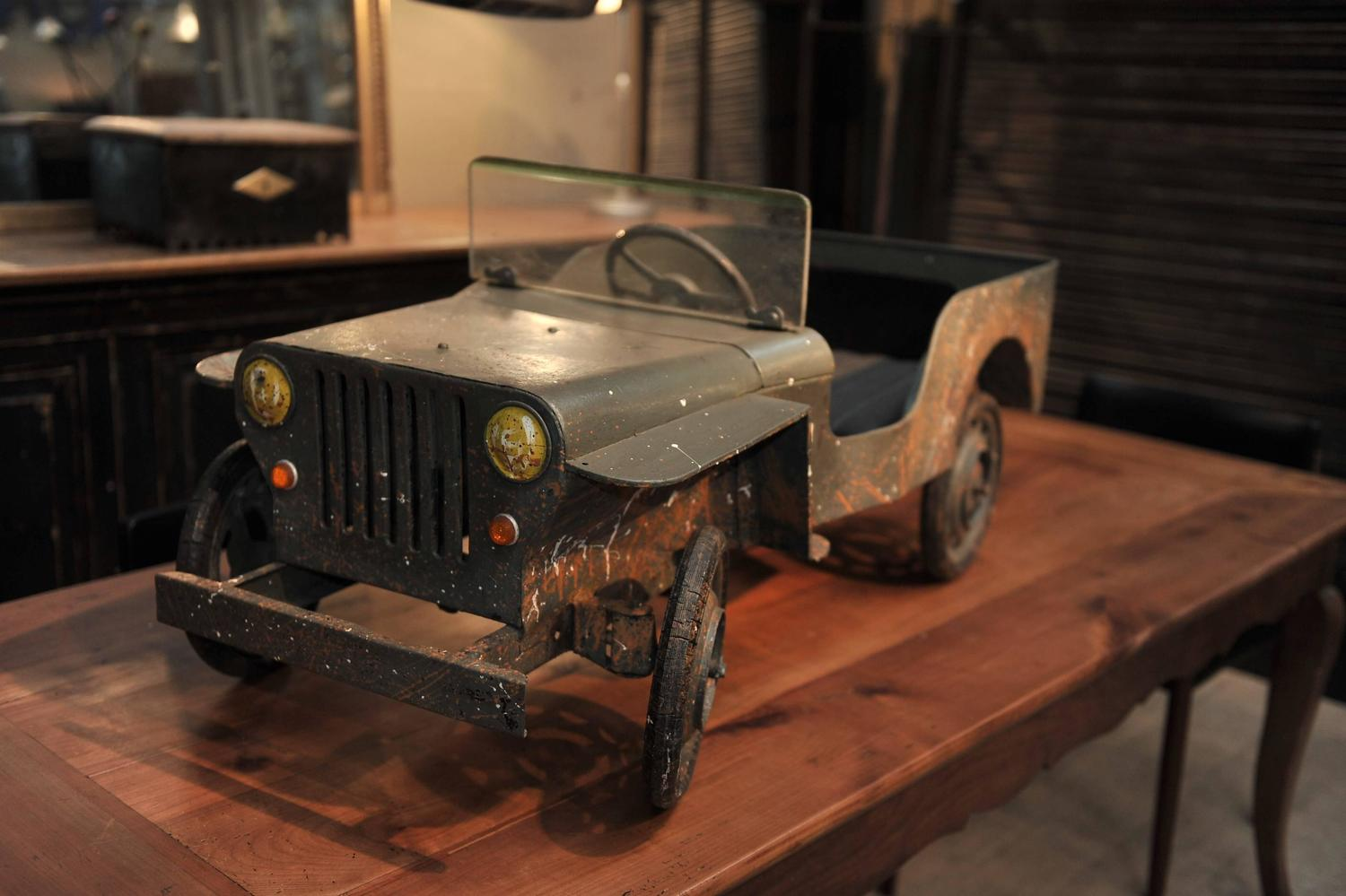 jeep iron pedal car manufactured in france circa 1950. Black Bedroom Furniture Sets. Home Design Ideas