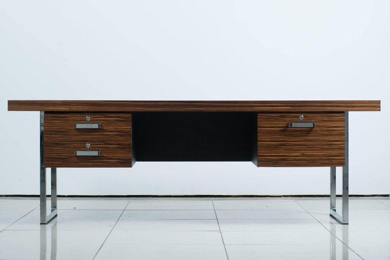Mid-Century Modern 1960s Rosewood Executive Desk by Gordon Russell Ltd For Sale