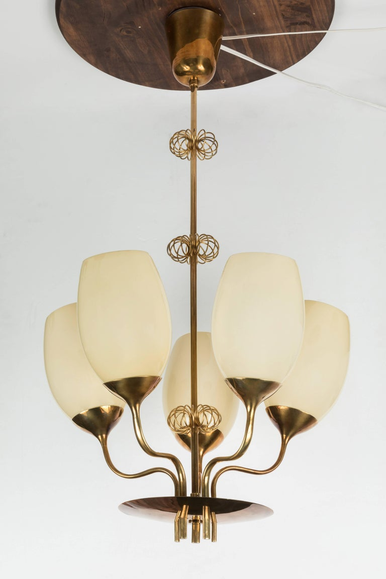 Scandinavian Modern 1950s Paavo Tynell Five-Glass Chandelier for Taito Oy For Sale