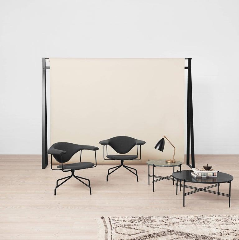 Greta Magnusson Grossman 'Grasshopper' Table Lamp in Light Gray For Sale 1
