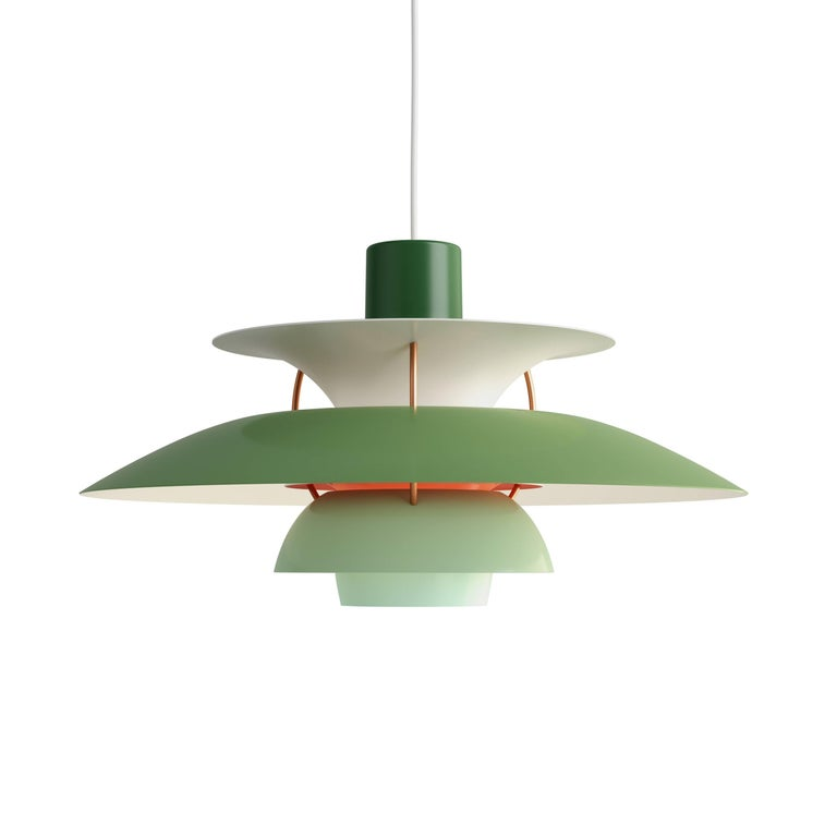 Poul Henningsen PH 5 Pendant for Louis Poulsen in Rose In Excellent Condition For Sale In Glendale, CA