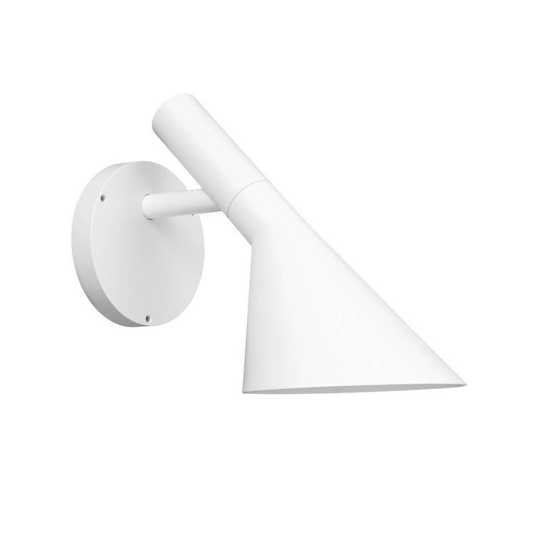 Arne Jacobsen AJ 50 outdoor wall light for Louis Poulsen in grey. Based on his iconic 1960 Danish Modern design. The fixture emits downward directed light. The shade is painted white on the inside to ensure a soft comfortable light distribution with