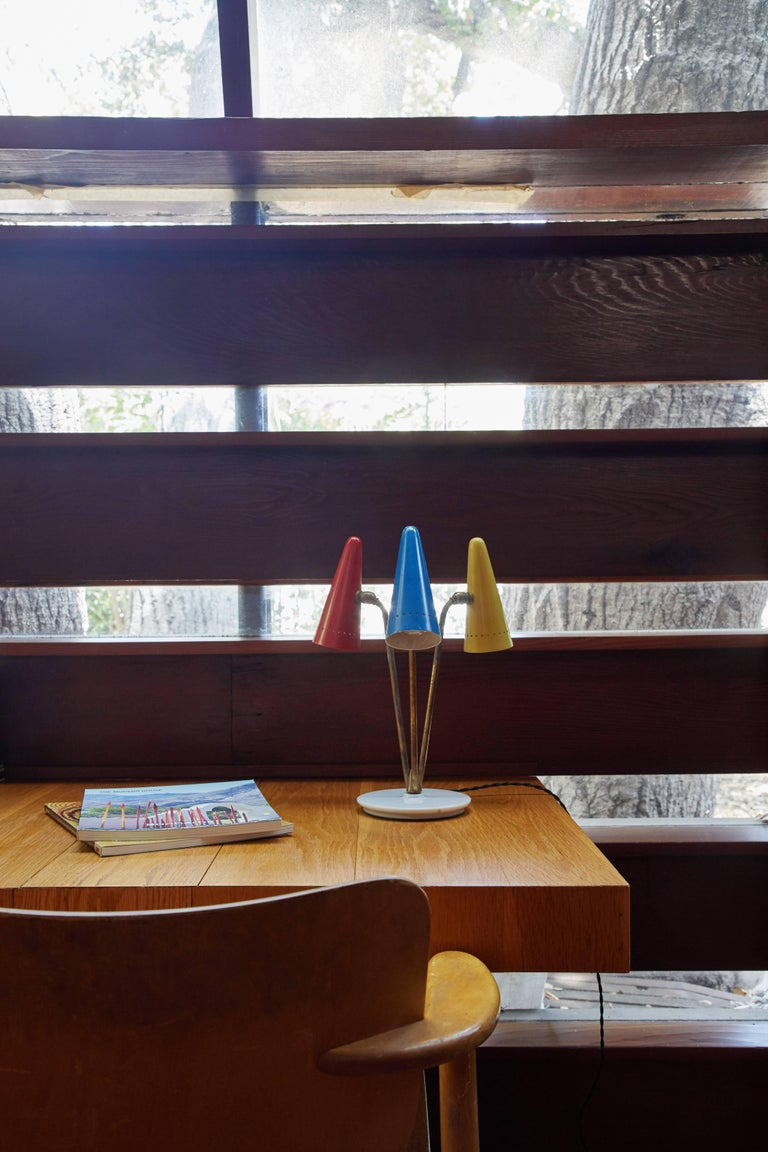 1950s Arteluce Tricolore Table Lamp In Good Condition For Sale In Glendale, CA