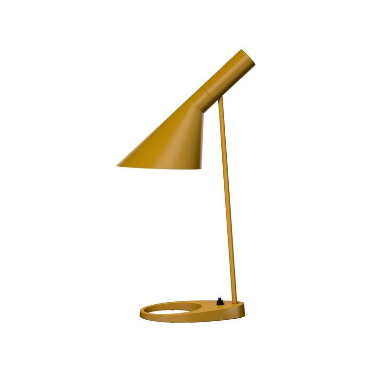 Arne Jacobsen AJ Table Lamp in Dark Green for Louis Poulsen For Sale 1
