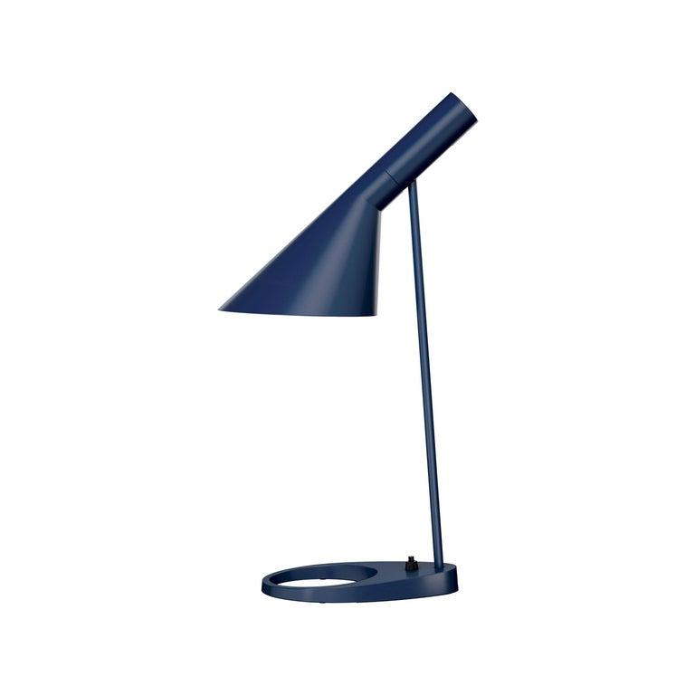 Arne Jacobsen AJ Table Lamp in Dark Green for Louis Poulsen For Sale 2