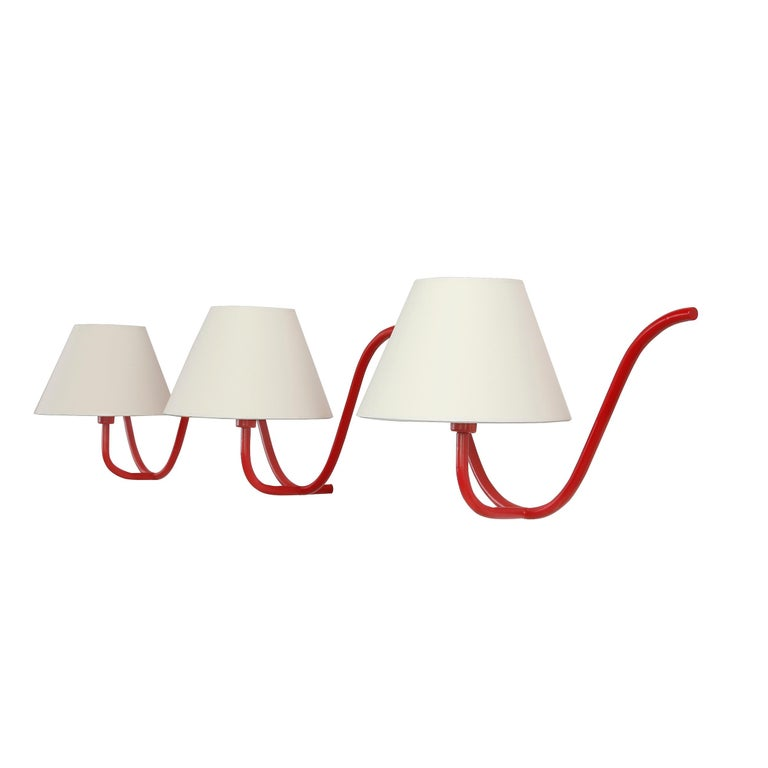 Jean Royère Style Ondulation I Wall Light in Red For Sale 1