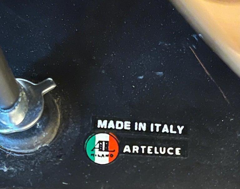 1960s Massimo Vignelli Model 526/g Table or Floor Lamp for Arteluce For Sale 2