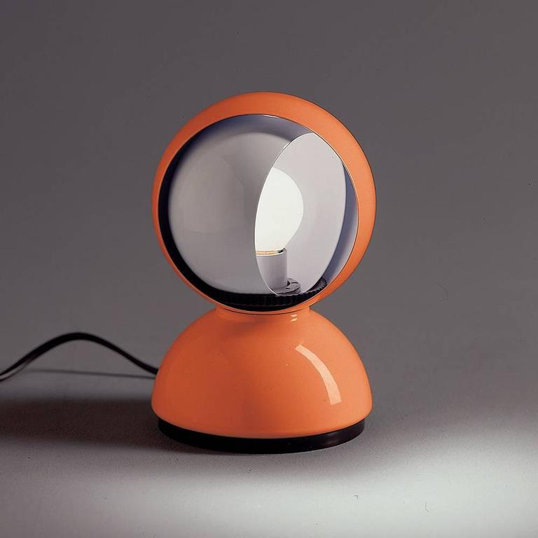 Mid-Century Modern Vico Magistretti Eclisse Table Lamp for Artemide For Sale
