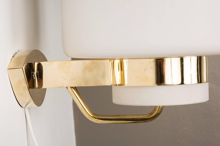 1950s Stilnovo '2120' Brass and Glass Sconces 5