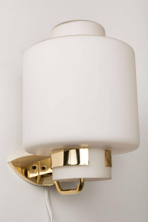 1950s Stilnovo '2120' Brass and Glass Sconces 3