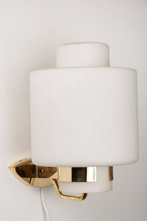 1950s Stilnovo '2120' Brass and Glass Sconces 7