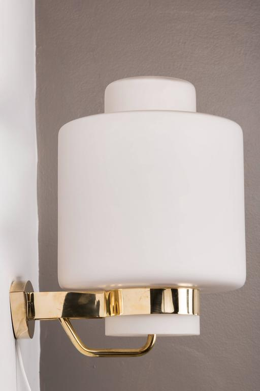 1950s Stilnovo '2120' Brass and Glass Sconces 2
