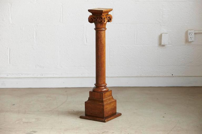 Late 19th Century 19th Century Oak Corinthian Style Column or Pedestal For Sale