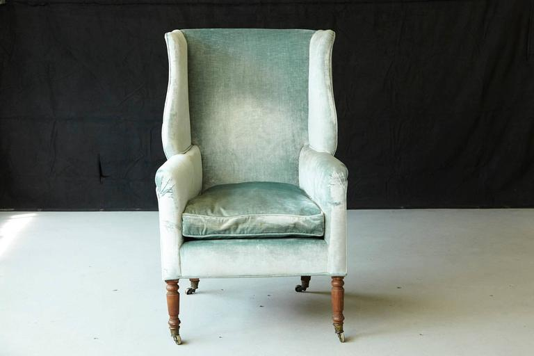 British 19th Century Hepplewhite Mahogany Wingback Chair in Silver Striae Velvet For Sale