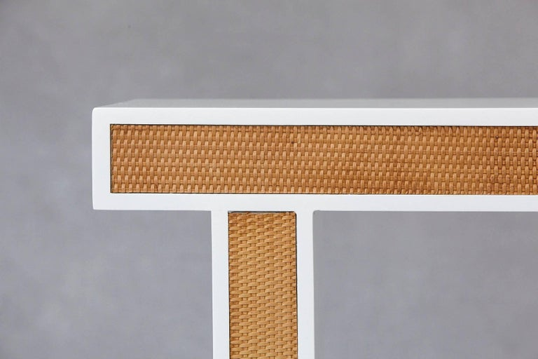 Mid-Century Modern Modern Minimalistic Console with Rattan Siding in New Dove White Gloss Lacquer For Sale