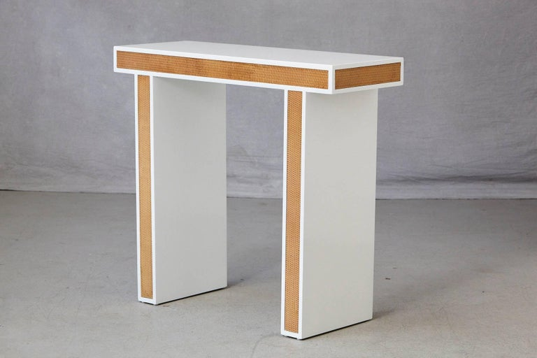 American Modern Minimalistic Console with Rattan Siding in New Dove White Gloss Lacquer For Sale