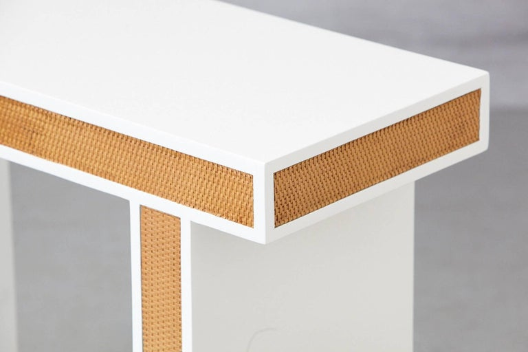 Lacquered Modern Minimalistic Console with Rattan Siding in New Dove White Gloss Lacquer For Sale