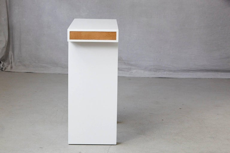 Late 20th Century Modern Minimalistic Console with Rattan Siding in New Dove White Gloss Lacquer For Sale