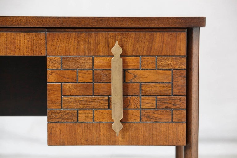 Walnut Desk with Graphic Wood Work and Brass Hardware, 1970s For Sale 1