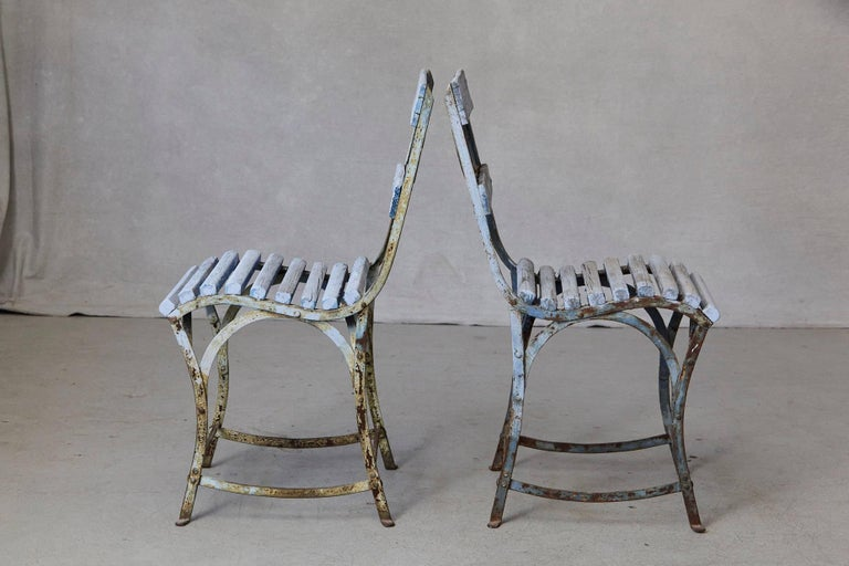 Set of Four French Wrought Iron Garden Chairs with Blue Wooden Slats For Sale 3