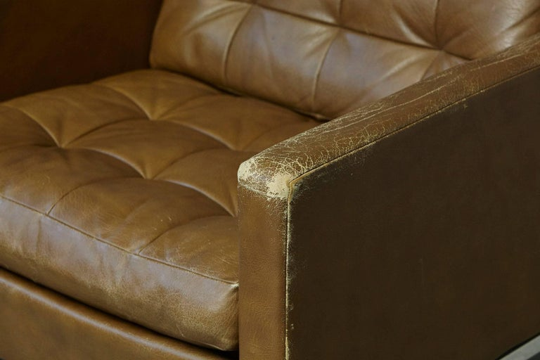 Plated Florence Knoll Tan Leather Button Tufted Lounge Chair, 1970s For Sale