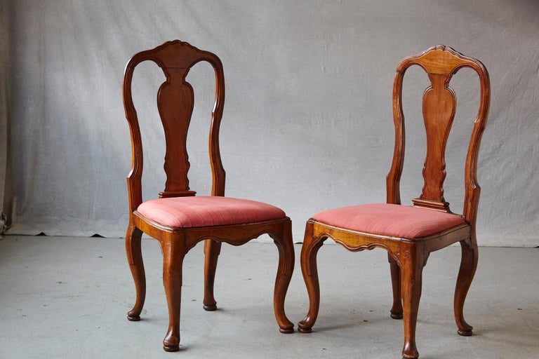19th Century Set of Six Louis XIV French Country Style Carved Walnut Chairs For Sale 2