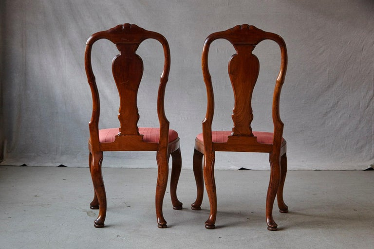 19th Century Set of Six Louis XIV French Country Style Carved Walnut Chairs For Sale 5