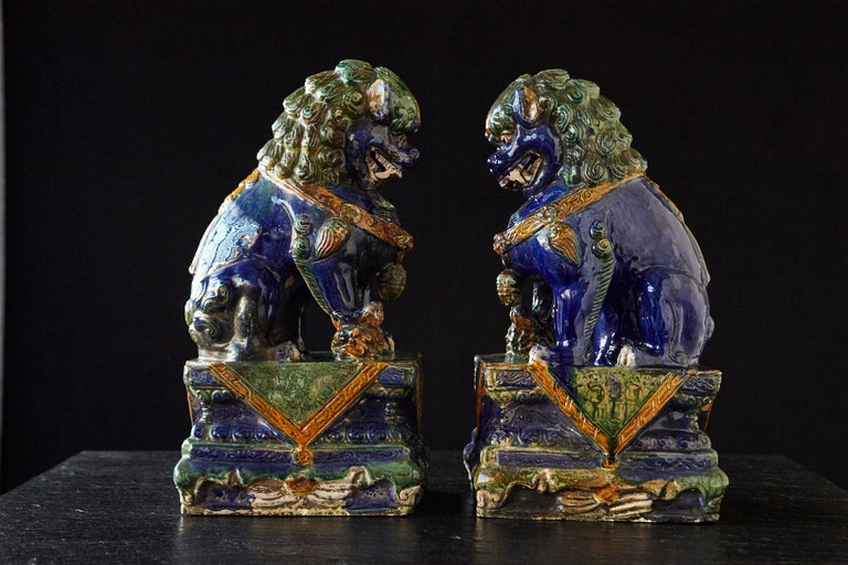 Chinese Export Late 19th Century Set of Two Large Chinese Sancai Glaze Foo Dogs For Sale