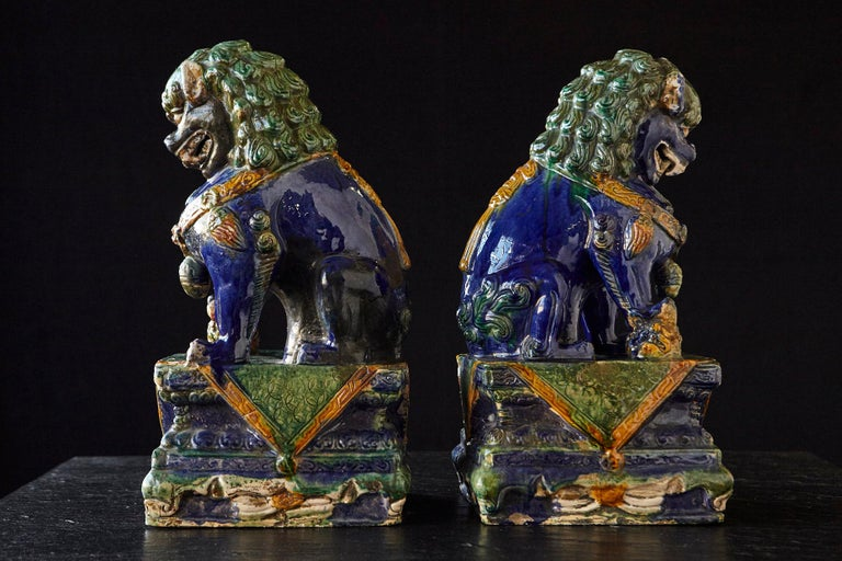 Late 19th Century Set of Two Large Chinese Sancai Glaze Foo Dogs For Sale 1