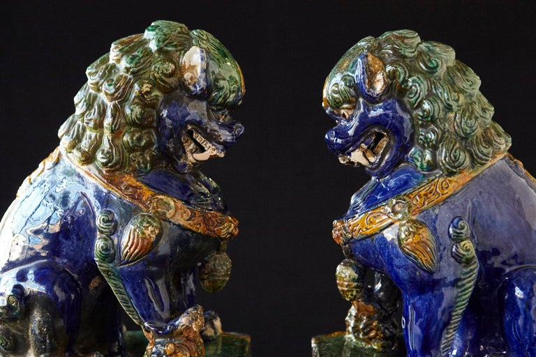 Late 19th Century Set of Two Large Chinese Sancai Glaze Foo Dogs For Sale 5