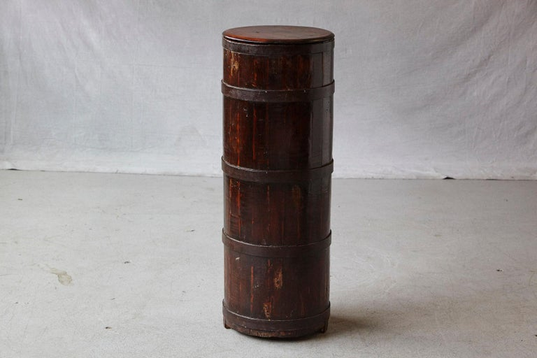 Late 19th Century Tall Chinese Fir Barrel from Zhejiang, circa 1870s For Sale 1