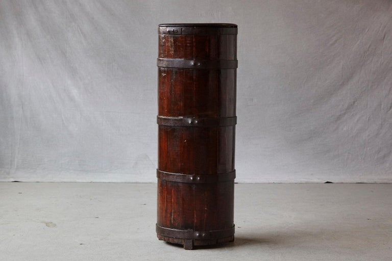 Chinese Export Late 19th Century Tall Chinese Fir Barrel from Zhejiang, circa 1870s For Sale