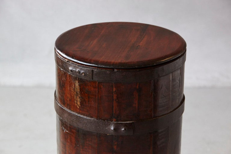 Late 19th Century Tall Chinese Fir Barrel from Zhejiang, circa 1870s For Sale 2