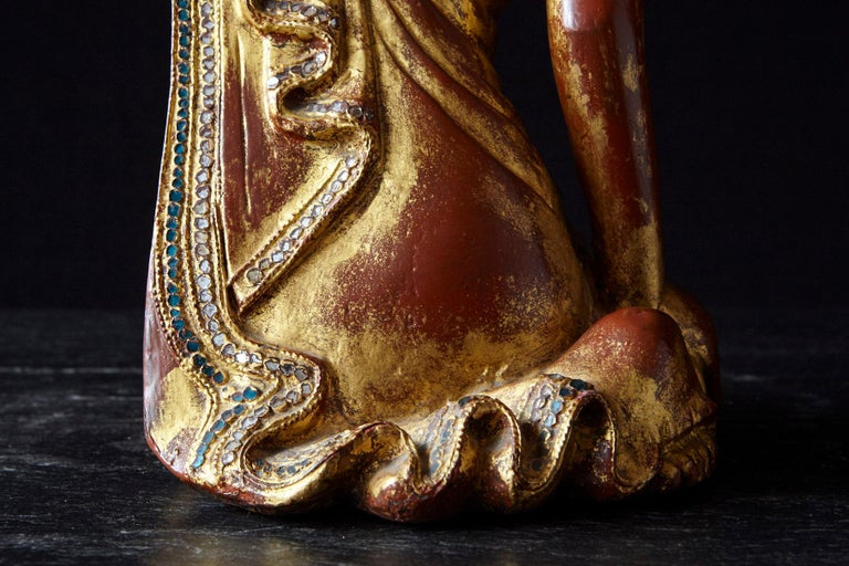 19th Century Burmese Kneeling Buddhist Monk Gilded Wood Temple Figure For Sale 9