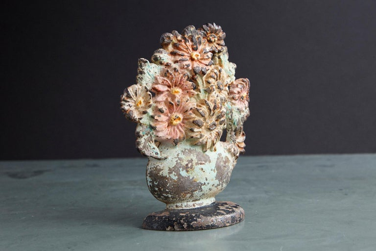 American 19th Century Cast Iron Hand-Painted Polychrome Flower Bouquet in Vase Doorstop For Sale