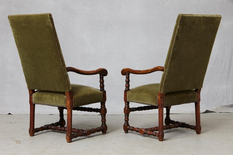 19th Century Pair of French Louis XIII Style Walnut Fauteuils / Throne Chairs in Green Mohair For Sale