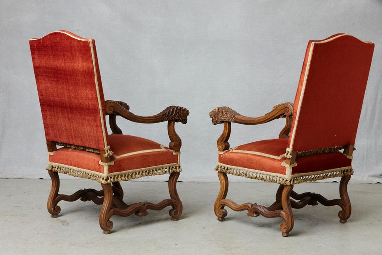 18th Century Pair of French Louis XIII Os De Mouton Throne Armchairs with  For Sale
