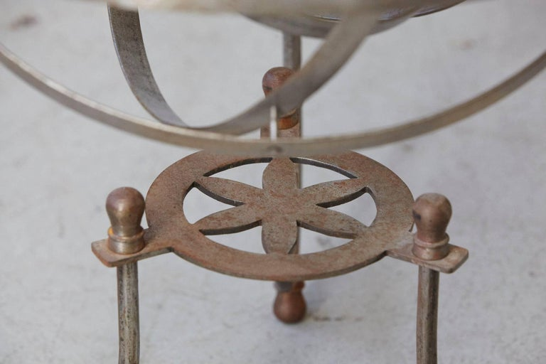 Rare Kinetic Side Table with Revolving Orbital Motion, England, 1930s For Sale 2