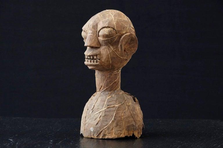 Tribal Wooden Head of an Ooni of Ile-Ife, Yoruba People, Nigeria, circa 1930s For Sale