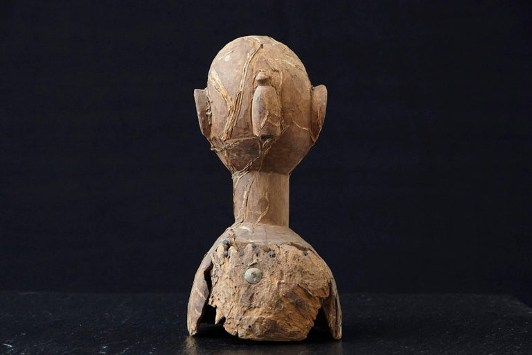 Hand-Carved Wooden Head of an Ooni of Ile-Ife, Yoruba People, Nigeria, circa 1930s For Sale