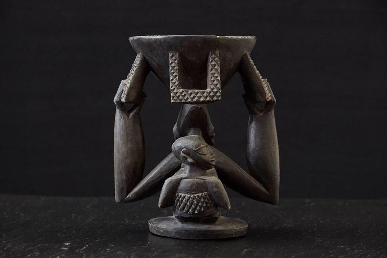 Hand-Carved Woman Carrying Baby in a Papoose, Kola Nut Holder from Abeokuta, Nigeria, 1950s For Sale