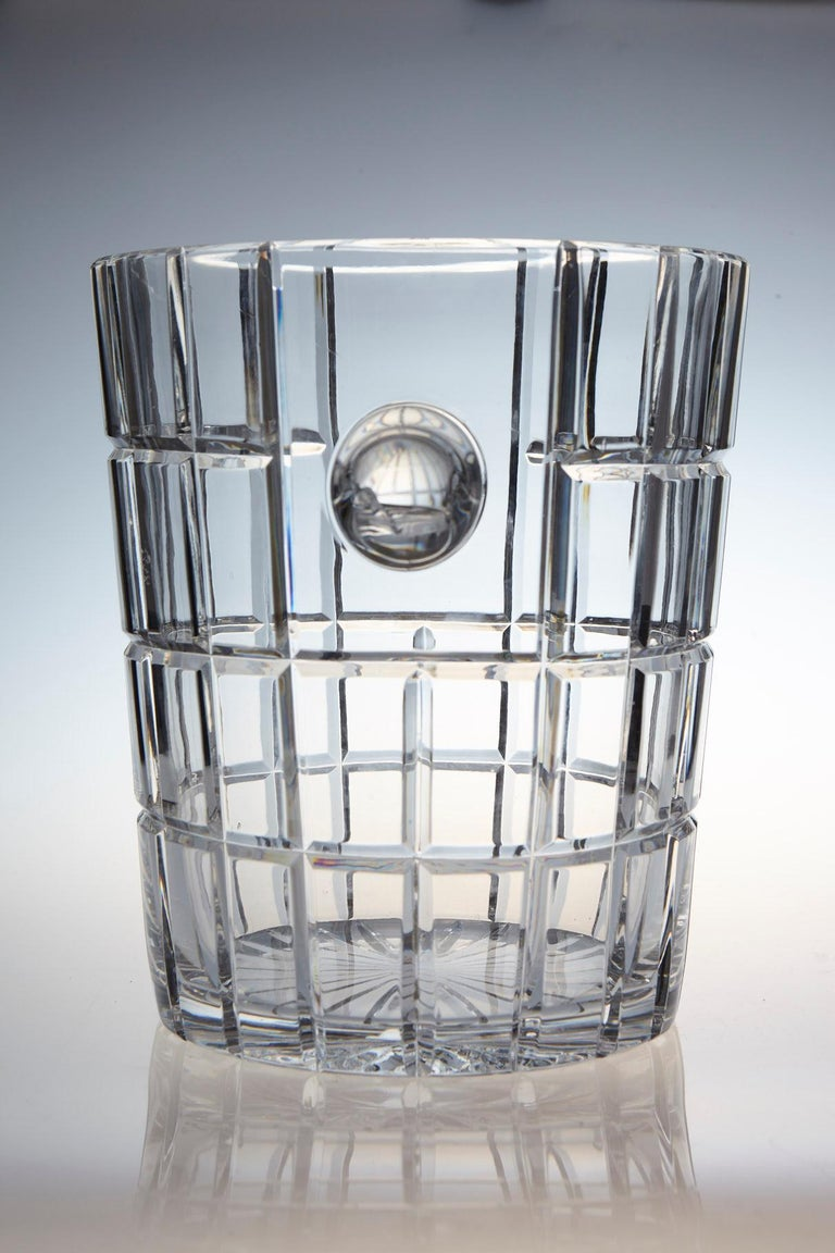French Cut Crystal Wine Cooler or Champagne Ice Bucket with Handles, circa 1960s In Excellent Condition For Sale In Westport, CT