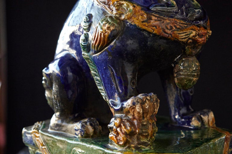 Late 19th Century Set of Two Large Chinese Sancai Glaze Foo Dogs For Sale 9