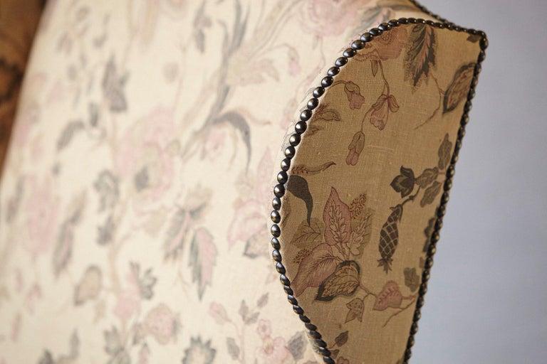 Pair of Louis XIV Style, Os de Mouton, Walnut Wingback Fauteuils For Sale 3