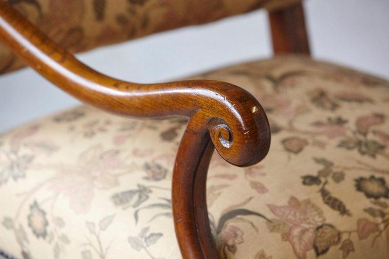 Pair of Louis XIV Style, Os de Mouton, Walnut Wingback Fauteuils For Sale 4