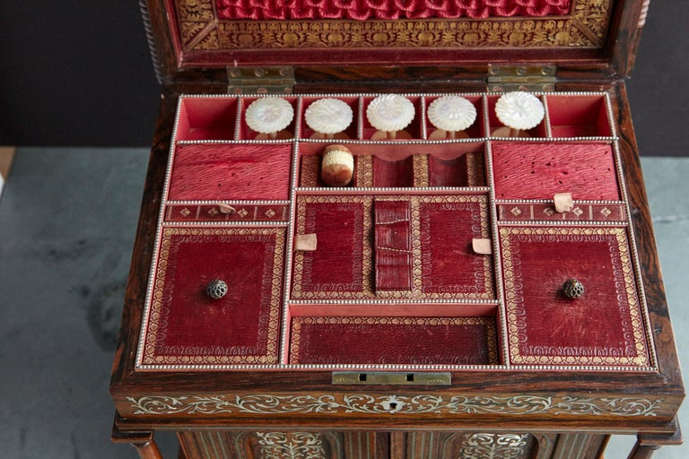 Important William IV Rosewood & Mother of Pearl Inlaid Lady's Table Compendium For Sale 9