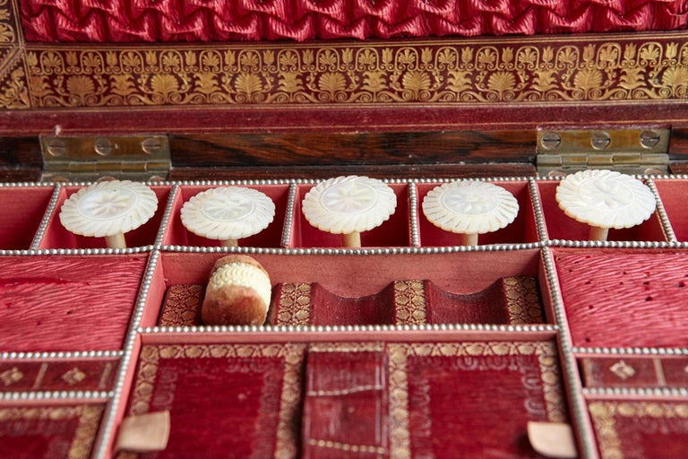 Important William IV Rosewood & Mother of Pearl Inlaid Lady's Table Compendium For Sale 10