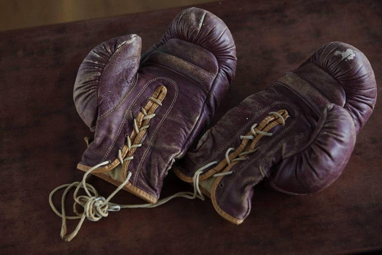 American Original Leather Boxing Gloves by George a Reach Sporting Company, 1930s For Sale